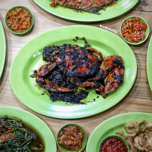 Foto 3 - Makanan(Kepiting lada hitam) di Ayam & Seafood EGP oleh Stellachubby