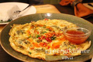 Foto 4 - Makanan(Oyster Omelette) di Seribu Rasa oleh Velvel