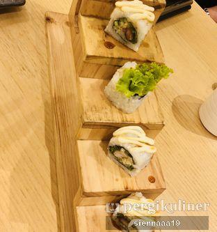 Foto 3 - Makanan(chicken teriyaki roll) di Sushi Hiro oleh Sienna Paramitha