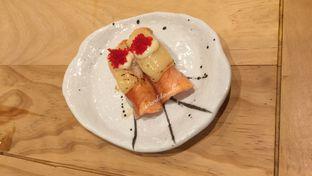 Foto 2 - Makanan(Salmon Aburi Cheese Sushi) di Nama Sushi by Sushi Masa oleh Ardelia I. Gunawan