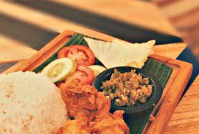 Foto Geulis The Authentic Bandung Restaurant
