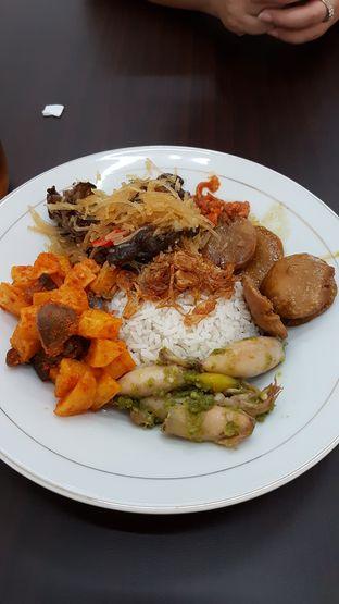 Foto 1 - Makanan di Nasi Uduk Ci Lemy oleh Olivia @foodsid