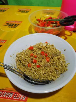 Foto 2 - Makanan(Indomie Goreng ) di Warung Cak Su oleh Angela Debrina