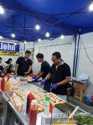 Foto 4 - Interior di Roti John oleh JC Wen