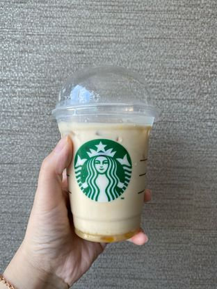 Foto 2 - Makanan di Starbucks Coffee oleh Duolaparr