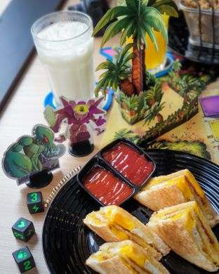 Foto 1 - Makanan(Signature Sandwich) di Nakama Cafe And Board Game oleh @mizzfoodstories