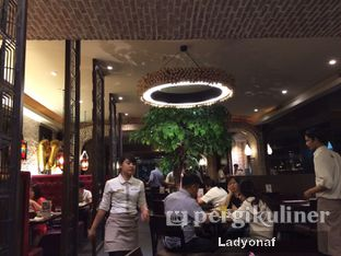 Foto 2 - Interior di Mad for Garlic oleh Ladyonaf @placetogoandeat