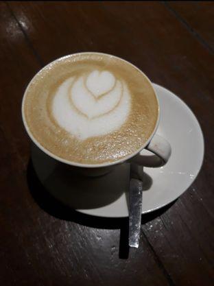 Foto 2 - Makanan di Jetski Cafe oleh Makan2 TV Food & Travel