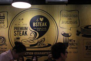 Foto 3 - Interior di B'Steak Grill & Pancake oleh Steven Ngadiman