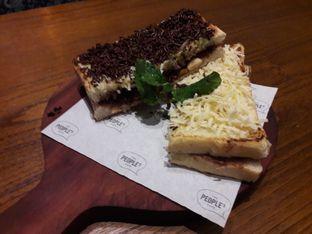 Foto 2 - Makanan di The People's Cafe oleh Michael Wenadi