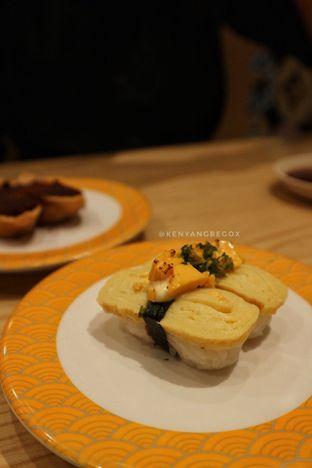 Foto 1 - Makanan di Tom Sushi oleh @kenyangbegox (vionna)