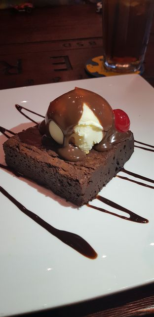 Foto review BREWERKZ Restaurant & Bar oleh CumaYangEnak   1