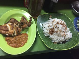 Foto 2 - Makanan di Pecel Lele Mas Bambang oleh Pinasthi K. Widhi