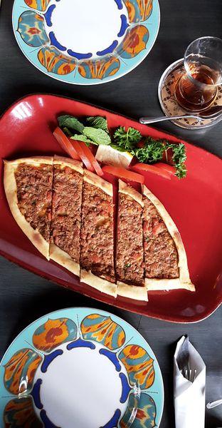 Foto 1 - Makanan(Tavuk pide) di Warung Turki oleh Clara Yunita