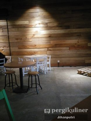 Foto 2 - Interior di Three Sixty Cafe oleh Jihan Rahayu Putri