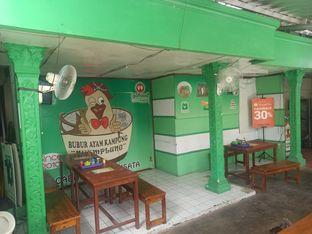 Foto 4 - Interior di Bubur Ayam Kampung Nyemplung oleh Abizar Ahmad