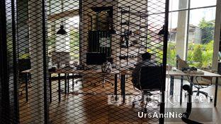 Foto 8 - Interior di Makna Coffee oleh UrsAndNic