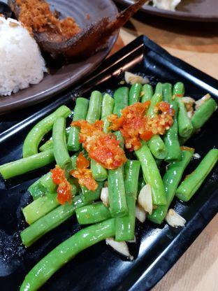 Foto 2 - Makanan di Mamadar Ayam Kaser oleh Doctor Foodie