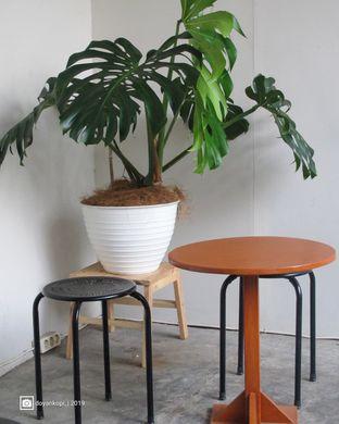 Foto 2 - Interior di Floww Coffee oleh Kuliner Addict Bandung