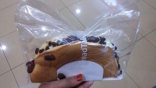 Foto 1 - Makanan(California Cake) di BreadTalk oleh Erika  Amandasari