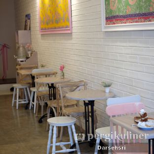 Foto review The Pink Door Tea Room oleh Darsehsri Handayani 5