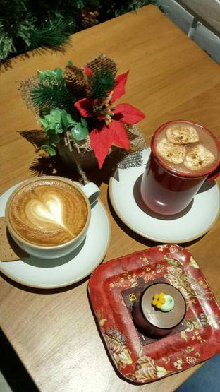Foto 1 - Makanan di Red Door Koffie House oleh YSfoodspottings