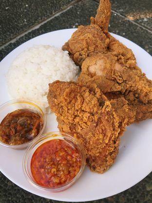 Foto 1 - Makanan di Yang Ayam oleh Terkenang Rasa