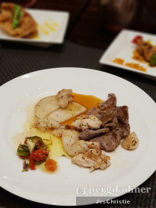 Foto 2 - Makanan di Asia - The Ritz Carlton Mega Kuningan oleh JC Wen
