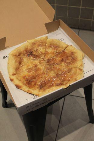 Foto 34 - Makanan di Sliced Pizzeria oleh Prido ZH