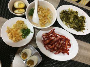 Foto 3 - Makanan di Bubur Hioko oleh Elvira Sutanto