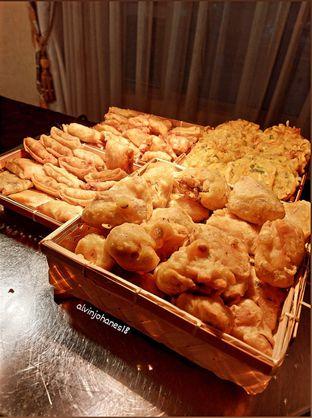 Foto review Pelangi Cafe - Ambhara Hotel oleh Alvin Johanes  2