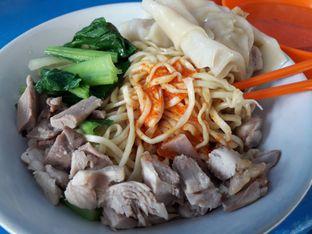 Foto - Makanan di Mie Ayam Uban oleh Ken @bigtummy_culinary