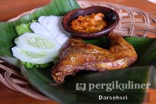 Foto 1 - Makanan di Resto Ayam Pakuan oleh Darsehsri Handayani