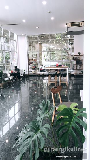 Foto review Kaca Coffee & Eatery oleh Hungry Mommy 8