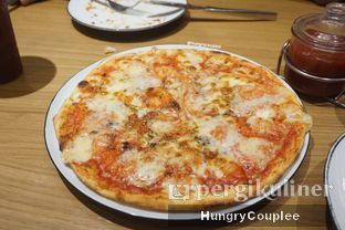 Foto - Makanan di Pizza Marzano oleh Hungry Couplee