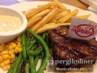 Foto 1 - Makanan di Holycow! STEAKHOUSE by Chef Afit oleh Monica Sales