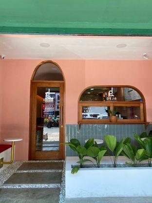 Foto 9 - Interior di Deja Coffee & Pastry oleh Jeljel