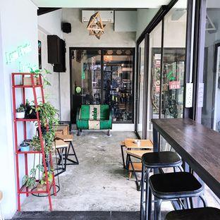 Foto 14 - Interior di Kona Koffie & Eatery oleh Della Ayu