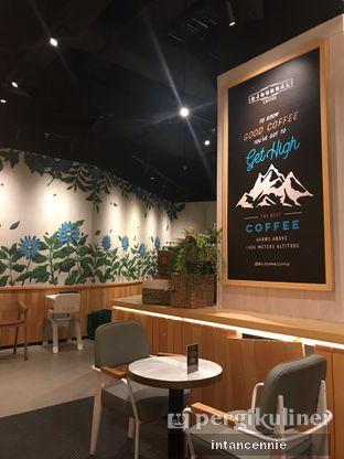 Foto 4 - Interior di Djournal Coffee oleh bataLKurus