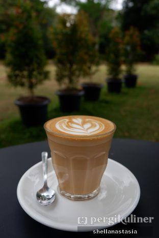 Foto 1 - Makanan(Hot Latte) di Masagi Koffee oleh Shella Anastasia
