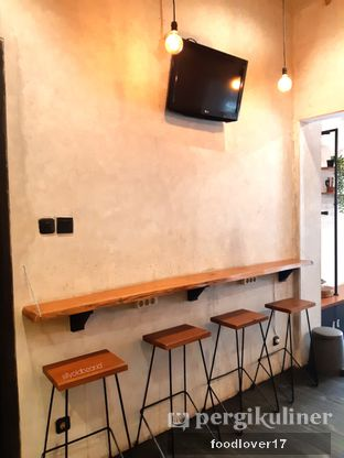 Foto 7 - Interior di Alcal Coffee oleh Sillyoldbear.id