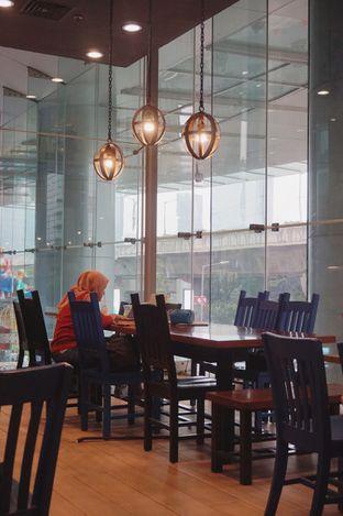 Foto 4 - Interior di Caribou Coffee oleh yudistira ishak abrar