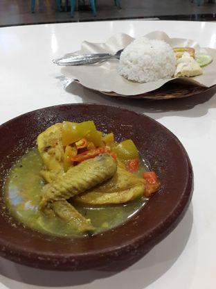 Foto 4 - Makanan(Ayam Garang Asem + Nasi) di Bebek Jowo oleh NOTIFOODCATION Notice, Food, & Location