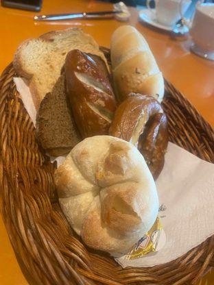 Foto 10 - Makanan di Paulaner Brauhaus oleh Riani Rin
