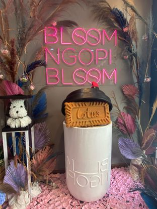 Foto 12 - Interior di Bloom Ngopi oleh Levina JV (IG : @levina_eat & @levinajv)