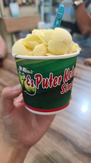 Foto review Es Puter Kelapa Singapura oleh Fensi Safan 1