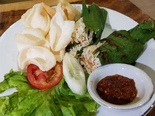 Foto 1 - Makanan di Petrichor Cafe & Bistro oleh Amrinayu