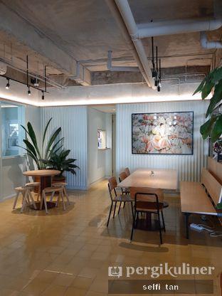 Foto 5 - Interior di Hunter and Grower oleh Selfi Tan