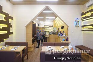 Foto 6 - Interior di Umamya Sushi oleh Hungry Couplee