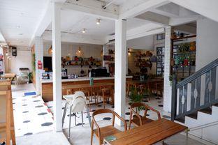 Foto 10 - Interior di Happiness Kitchen & Coffee oleh Della Ayu